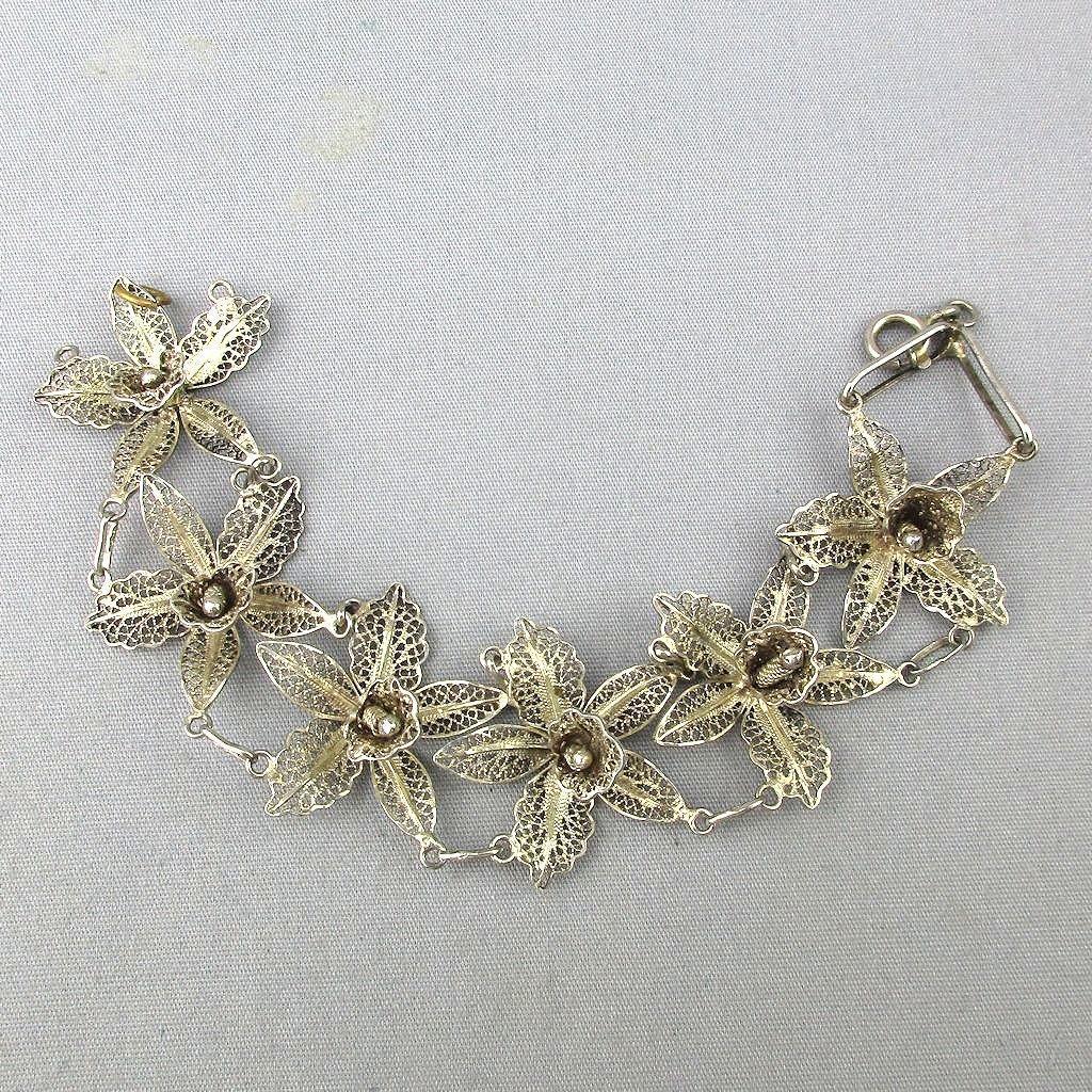 Vintage Sterling Silver Filigree Flowers Bracelet