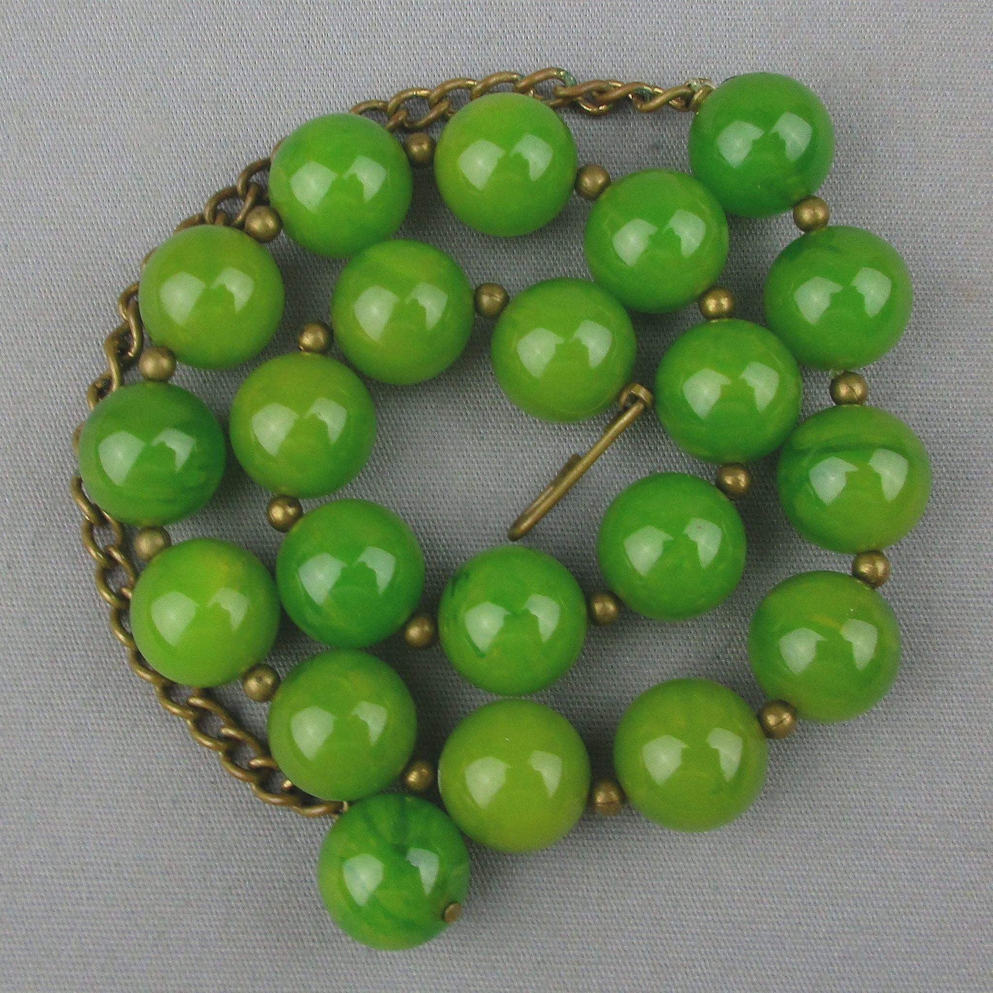 Old 1930s Bakelite Bead Choker Necklace Gorgeous Jadie Green