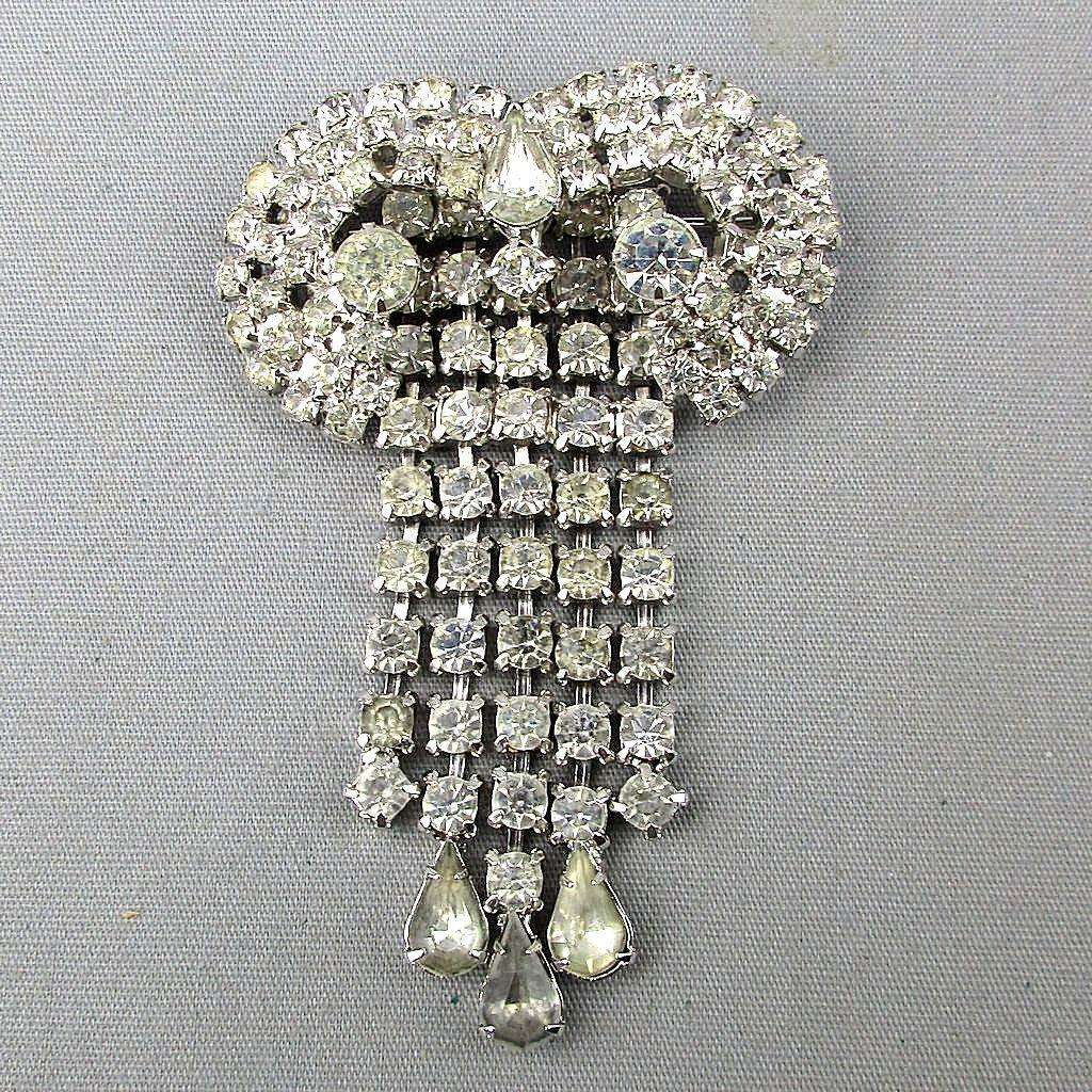 Vintage KRAMER Ultra Glamor Rhinestone Pin Brooch Clear Crystals