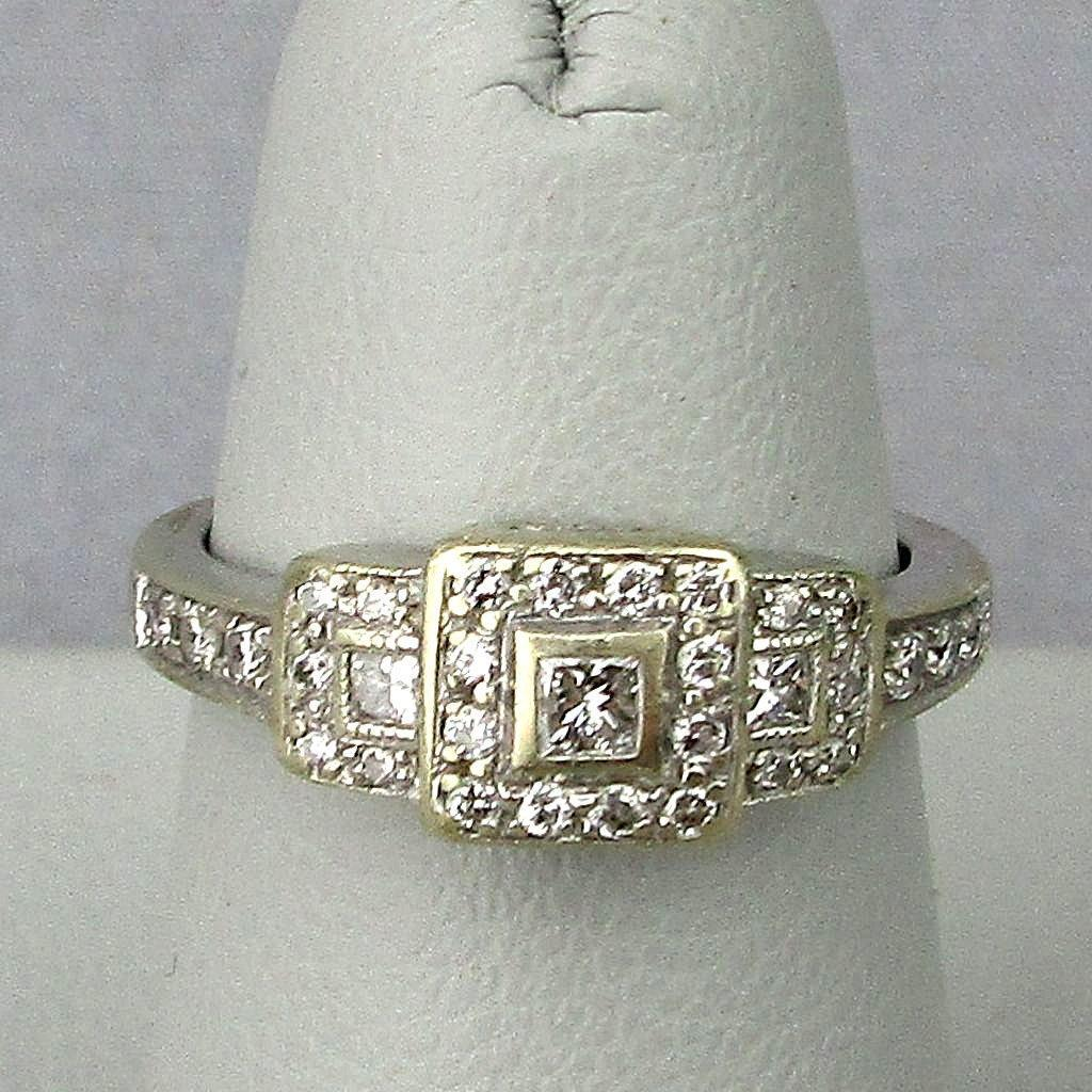 Estate Art Deco 14K White Gold Diamond Ring