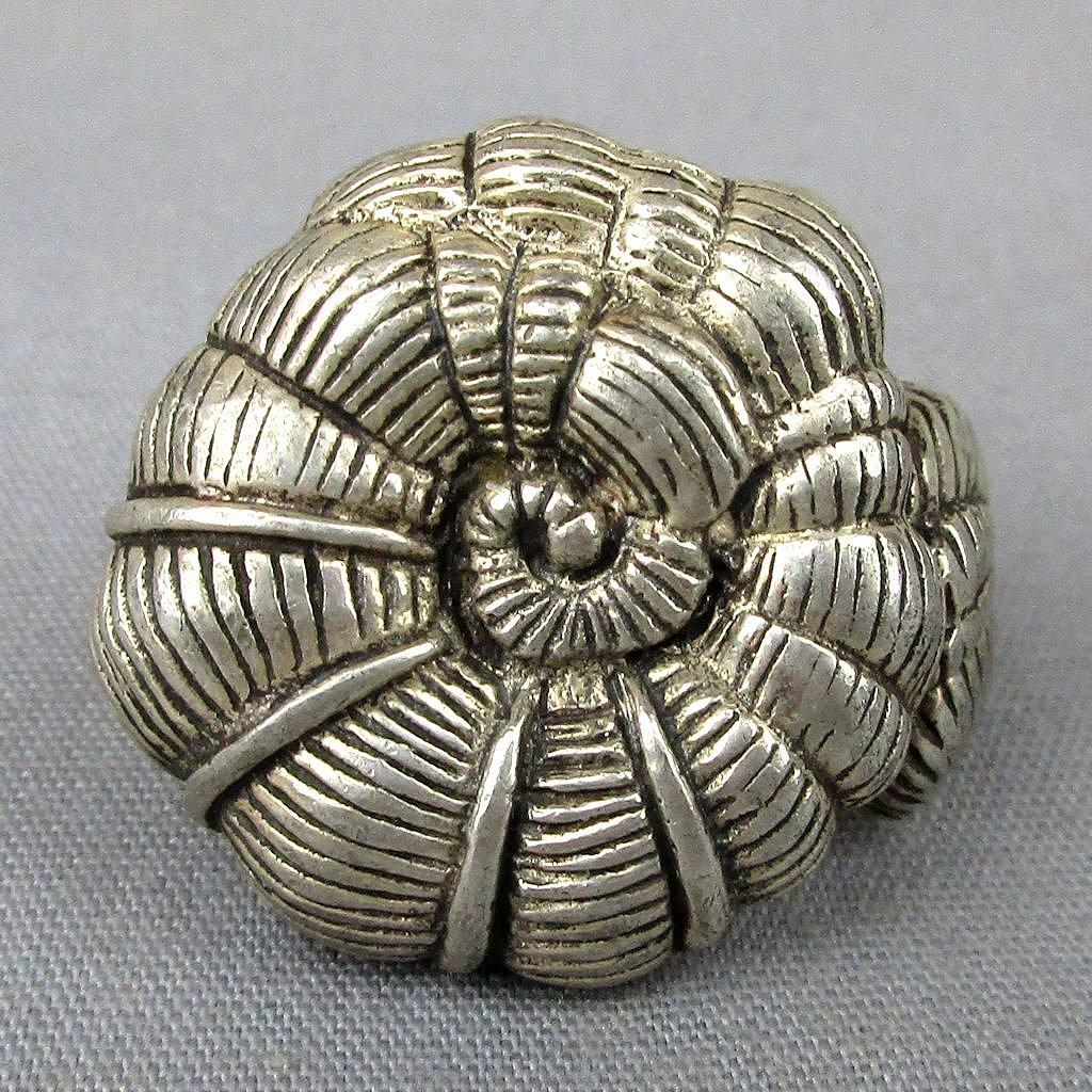 Vintage Sterling Silver NAUTILUS Shell Ring Big & Detailed