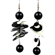 Vintage MOD 1960s Plastic Dangle Earrings Black & White
