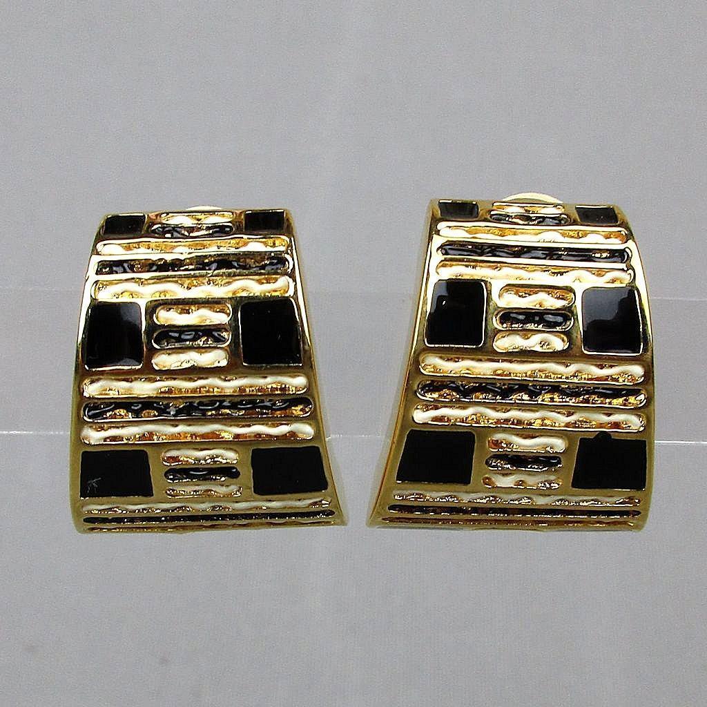 Vintage Signed St. John Clip Earrings Black White Enamel on Goldtone