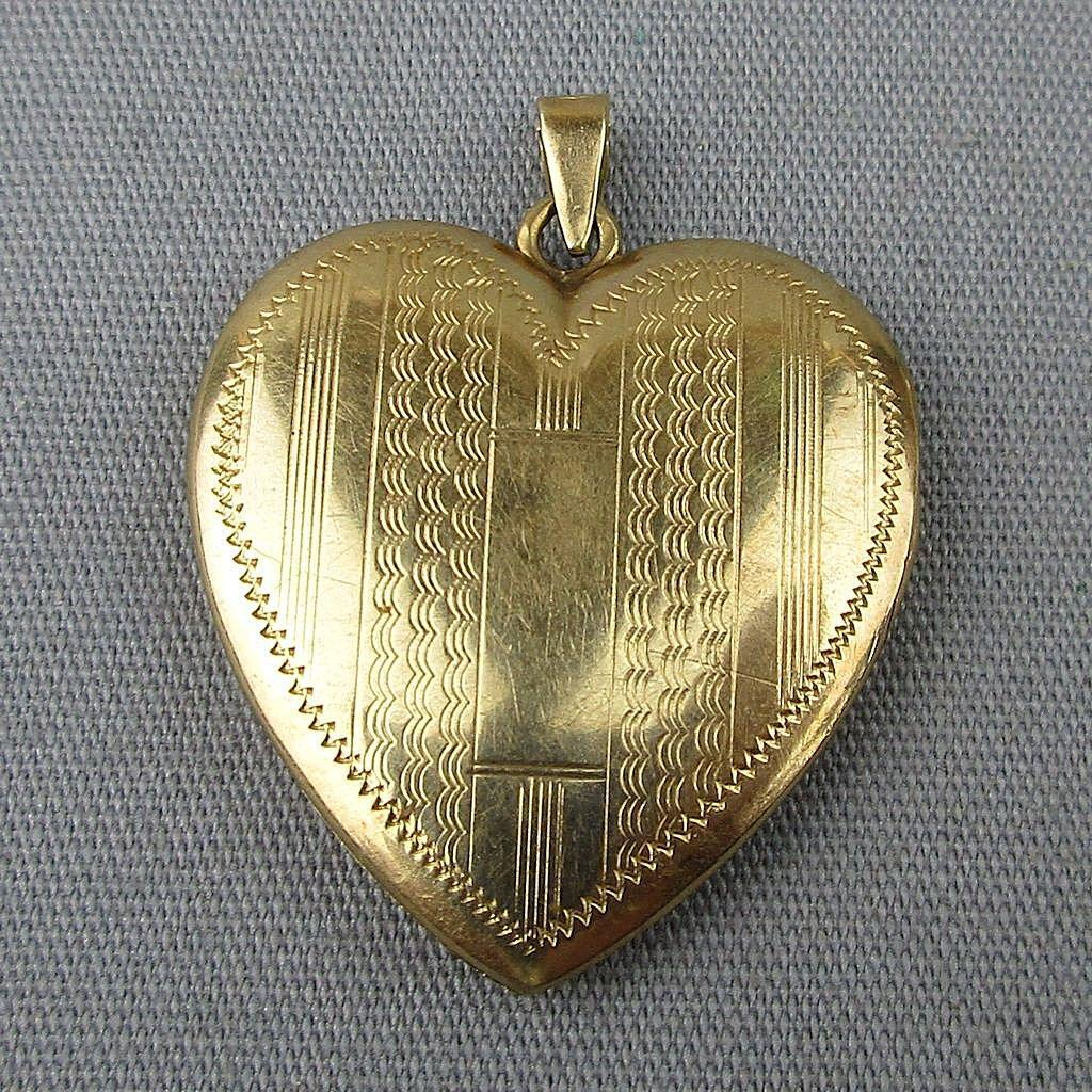 Vintage 14K Gold Heart Photo Locket Pendant Charm Etched Art Deco Era