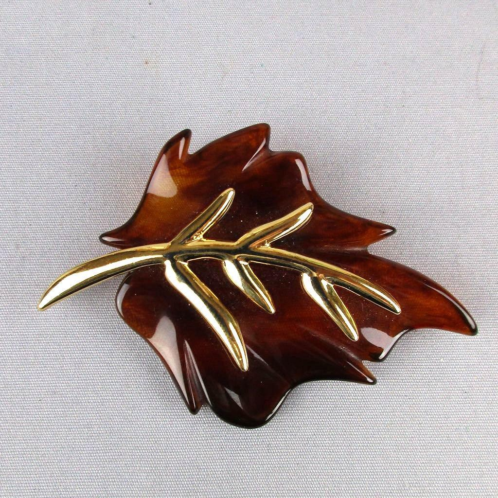 Vintage KJL Kenneth Lane Lucite Goldtone Leaf Pin Brooch