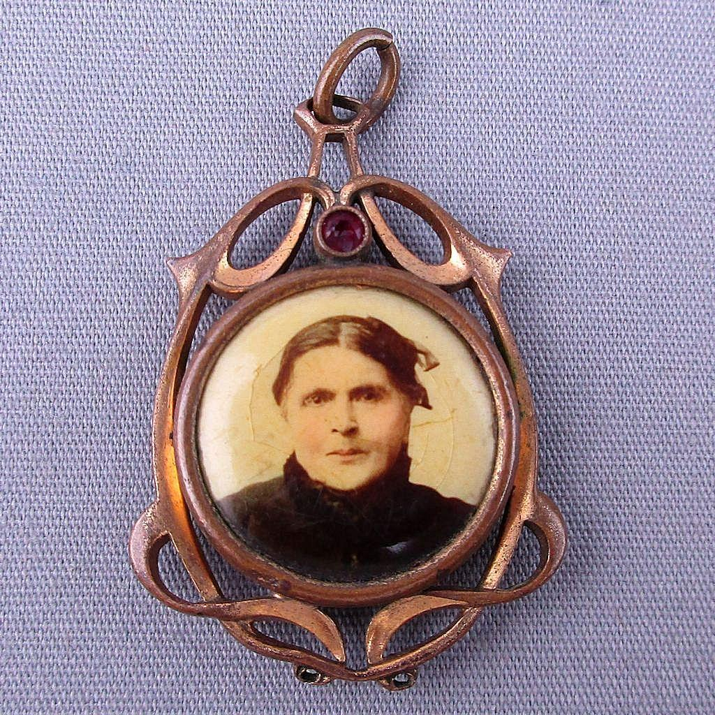 Victorian Art Nouveau Photo Pendant Goldtone - Celluloid Portraits