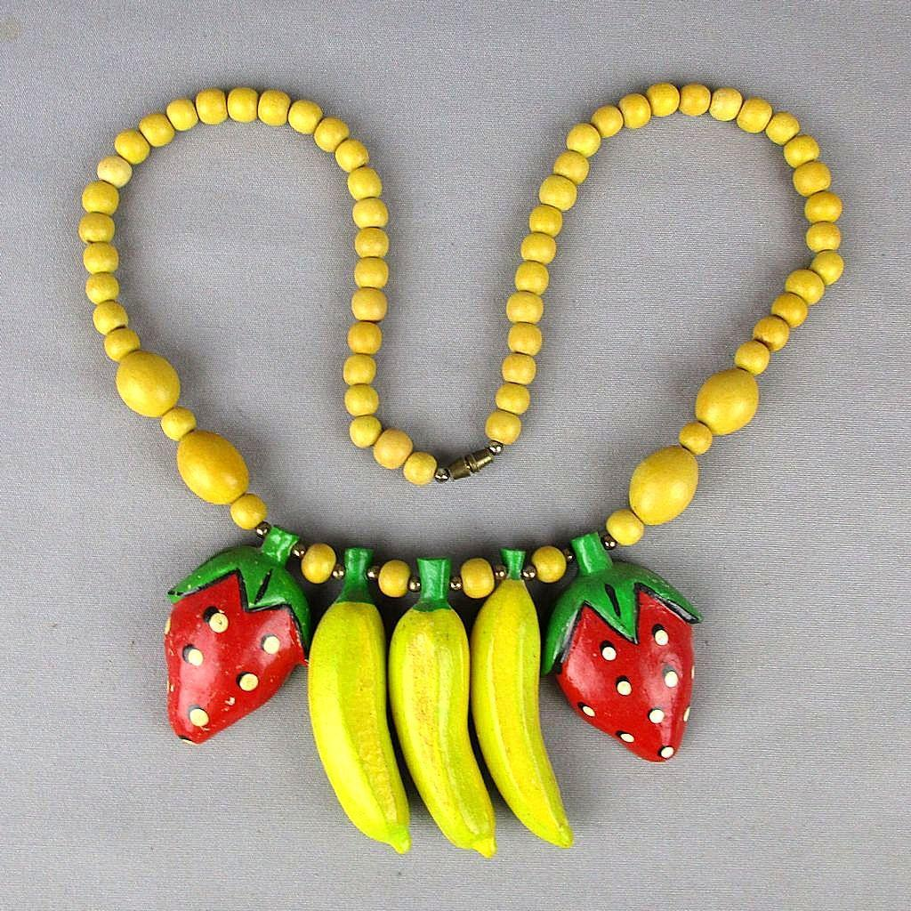 Vintage Carved Wood FRUIT Necklace - Beads Bananas Strawberries