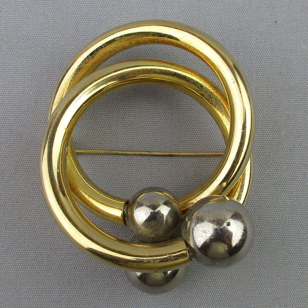 Modernist Henkel & Grosse Bold Goldtone Circles Pin Brooch