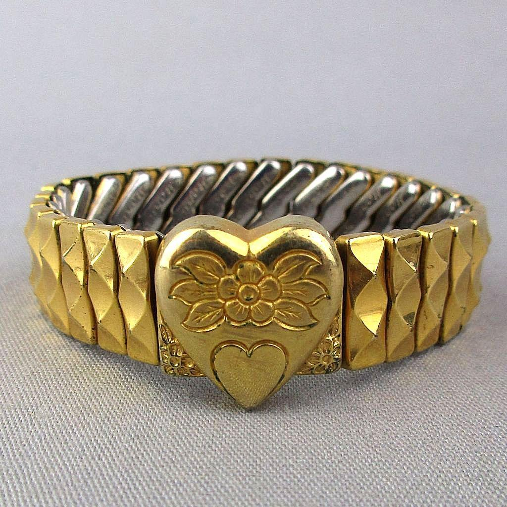 1940s Harwood Sweetheart Bracelet Etched Heart Expansion Band 10K GF