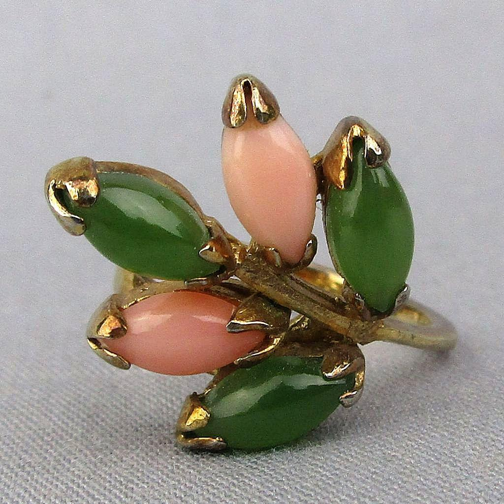 Pretty Vintage Sterling Silver Ring w/ Coral - Jade - Vermeil