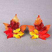 Big Vintage 1940s Plastic Leafy Cluster Clip Earrings