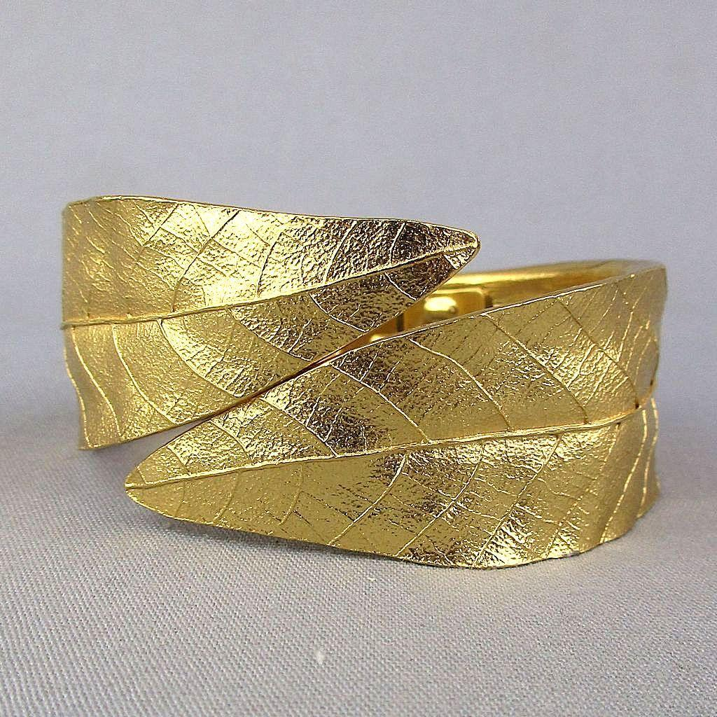 Signed Crown Trifari Hugger Hinge Bracelet - Leaf Clamper
