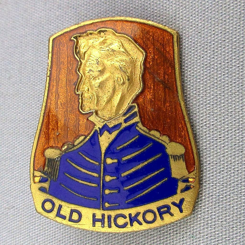 Enamel U.S. Military Pin Badge OLD HICKORY HQ 30th Infantry Division