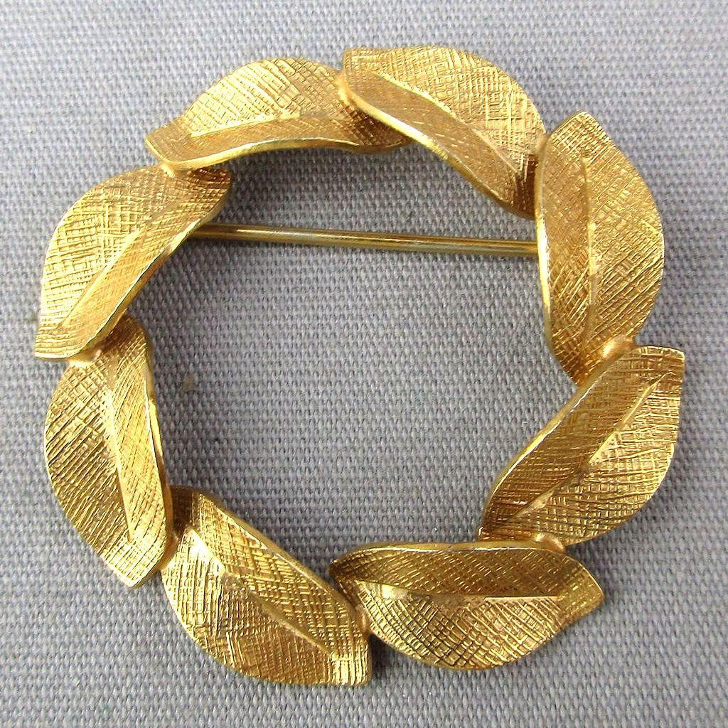 Vintage Gold-Filled LAURELS Pin Brooch Signed BAB Ballou