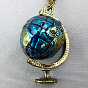 Vintage Pendant Necklace Revolving World Globe w/ Binoculars