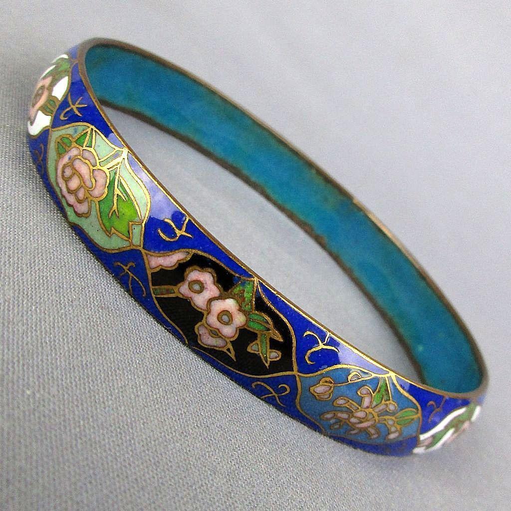 Vintage Chinese Enamel Bangle Bracelet 12 Floral Vignettes