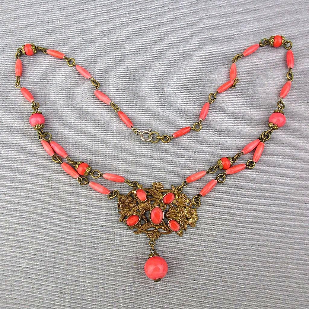 Vintage 1930s Czech Coral Glass Necklace