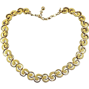 Vintage Trifari Goldtone Necklace Pebbled Commas Smooth Curls
