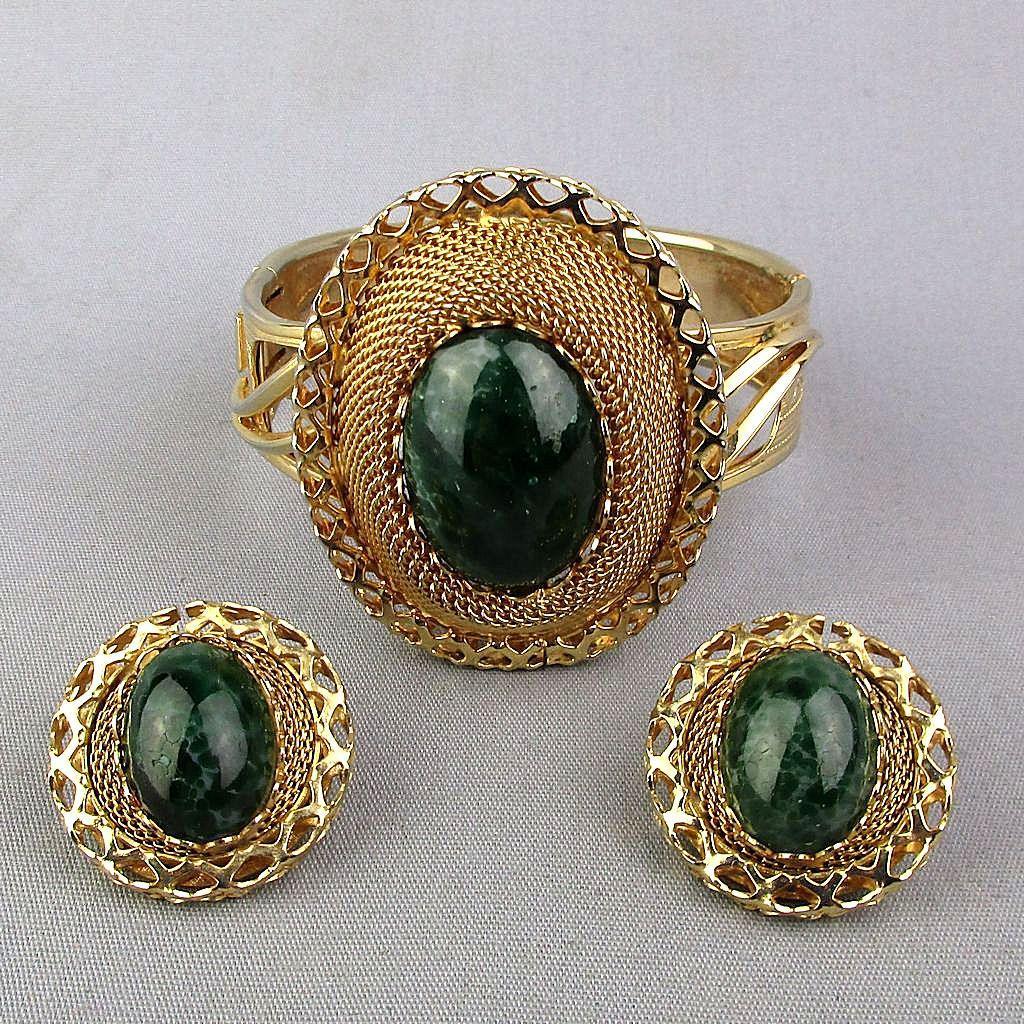 Vintage Goldtone Mesh Hinge Bracelet Faux Jade w/ Clip Earrings