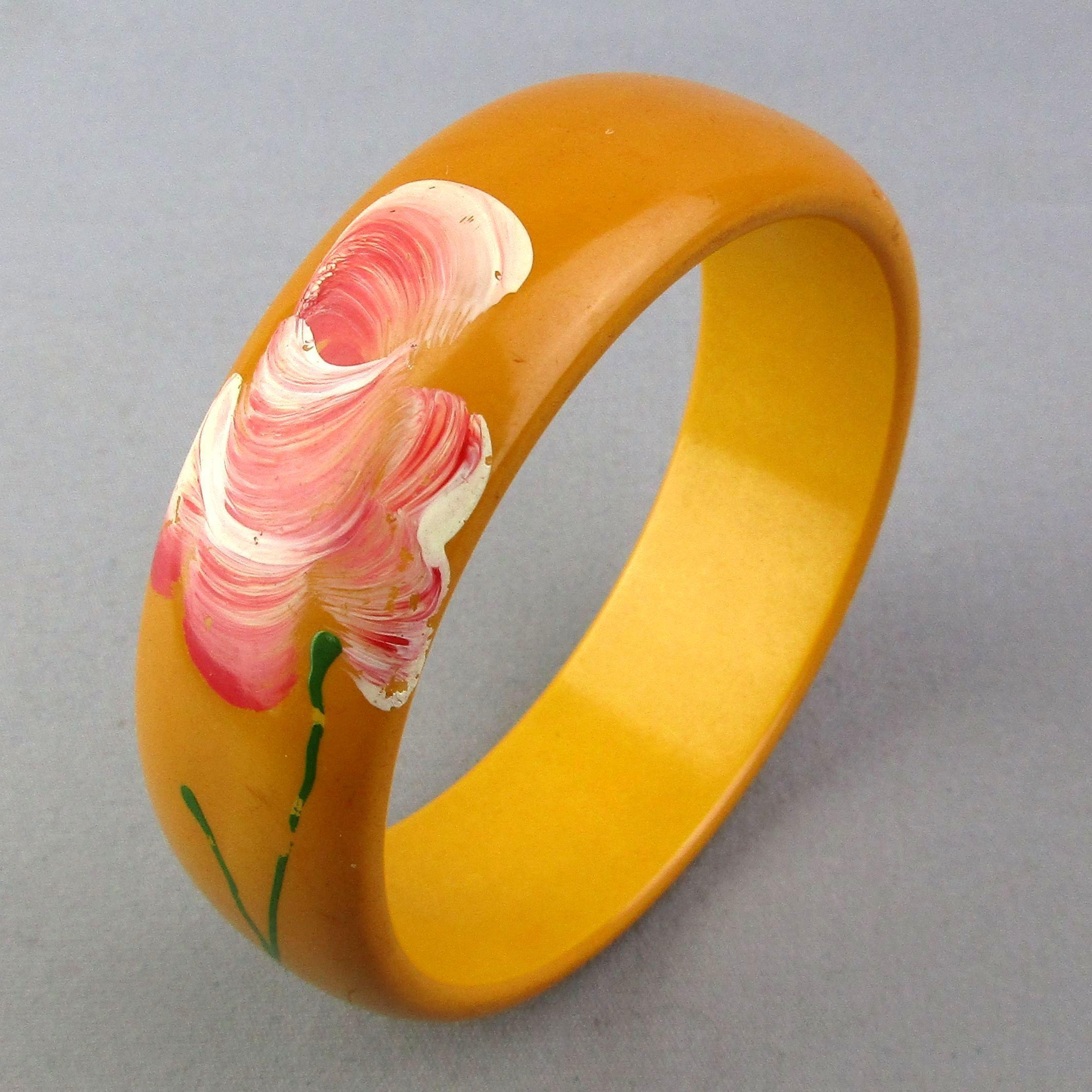 Vintage Bakelite Bangle Bracelet w/ Handpainted Flower
