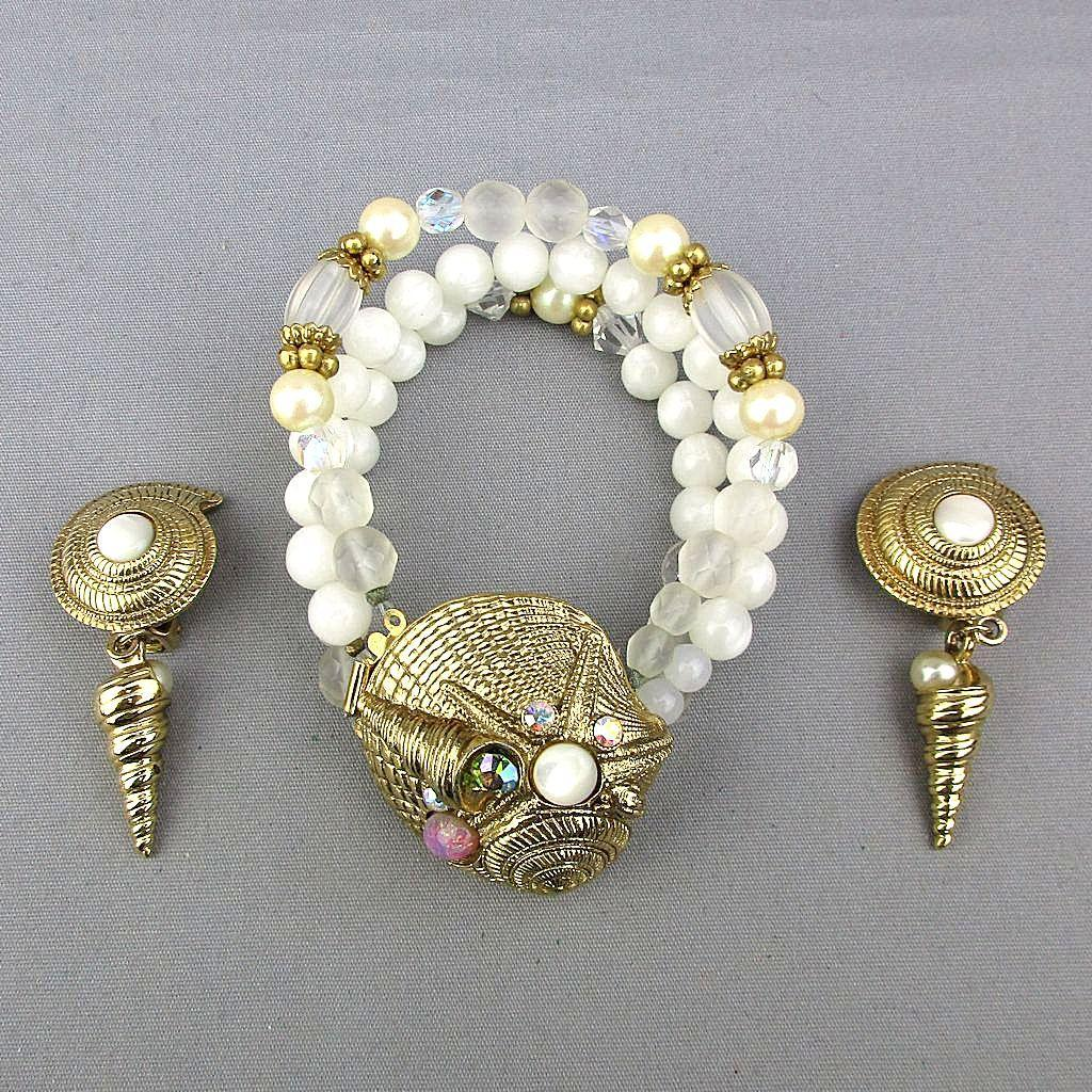 Vintage Bracelet Earrings Set Jeweled Shells - Beads