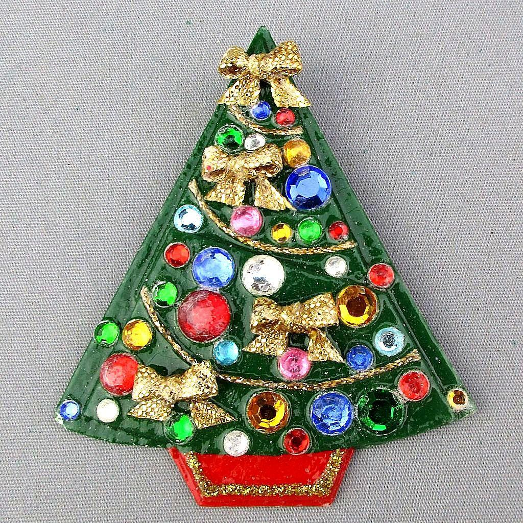 Awww...A Homemade Vintage Christmas Tree Pin w/ Rhinestones