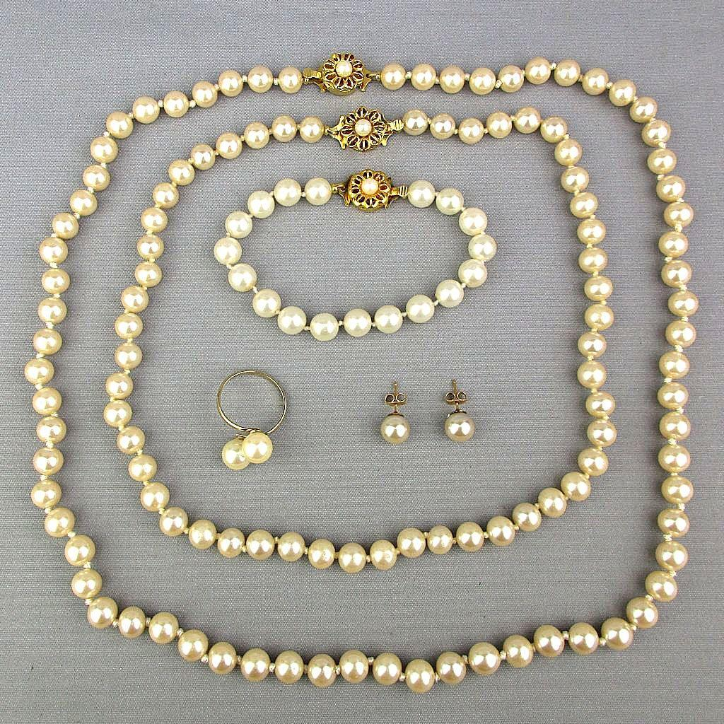 Vintage 5-Piece Faux Pearl Parure Set in Box Queen Anne Collection