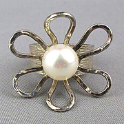 Modernist Avi Soffer Sterling Silver Ring - Open Flower