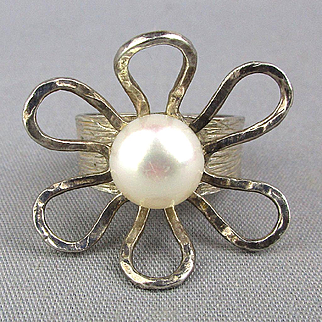 Modernist Avi Soffer Sterling Silver Ring - Open Flower