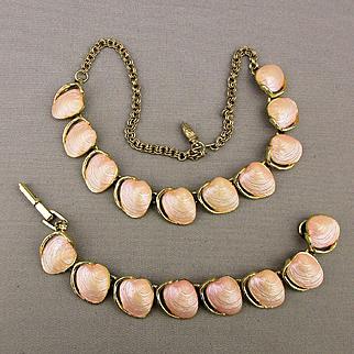 Vintage 1950s Necklace Bracelet Set - Pink Lucite Clams