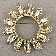 Big Vintage Rays of Sun Rhinestone Pin Brooch