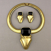 Bold Modernist Necklace Earrings Set Goldtone w/ Black Lucite