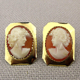 Vintage 14K Gold Carved Cameo Shell Earrings