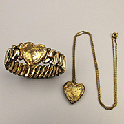 1942 Sweetheart HEART Jewelry Set Stretch Bracelet - Locket Necklace G.F.