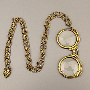Vintage Eyeglasses Magnifying Glass Pendant Necklace