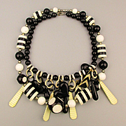 Lucite 1960s Black - White Op Art Necklace Mad Mix