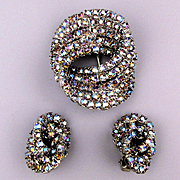 Vintage AB Rhinestone Infinity Circle Pin w/ Earrings Set