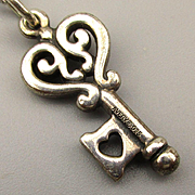 Vintage James Avery Sterling Silver Key Pendant Charm Necklace