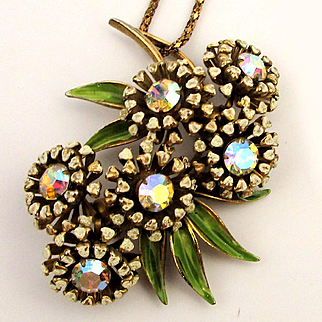 Signed Weiss Rhinestone Flower Pendant Necklace Once a Pin