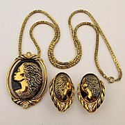 Vintage Coreen Simpson Avon Black Cameo Pin Pendant Necklace Earrings Set