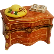 Limoges trinket box chest of drawers Peint Main Eximious