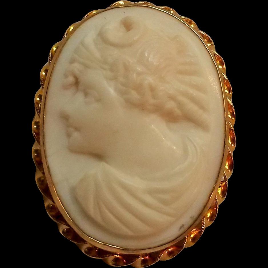 14K Gold Cameo pin white shell