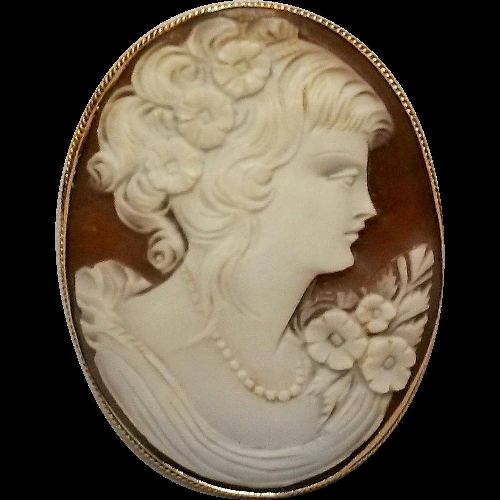 14K Gold shell Cameo pin pendant Flora