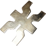 Dia Diodato sterling Mexico pin pendant Modernist