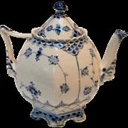 Royal Copenhagen blue fluted full lace teapot 1118 pattern 1