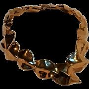 Ciner sculptural leaf necklace gold tone