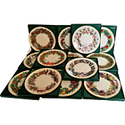 13 Lenox Colonial Christmas Wreath limited edition plates complete set