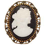 Jasperware cameo pin white on black