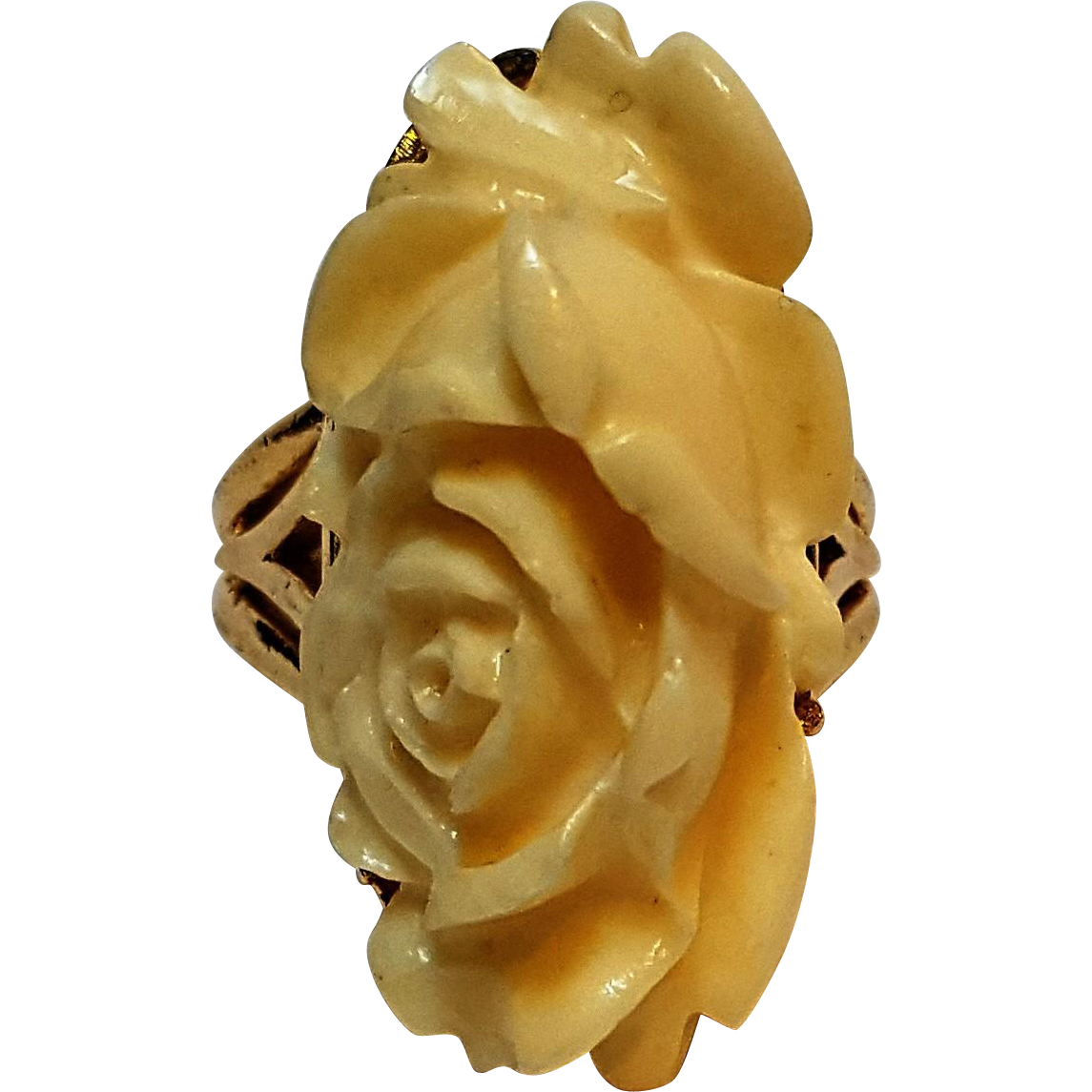 Trifari molded plastic rose ring ivory in color