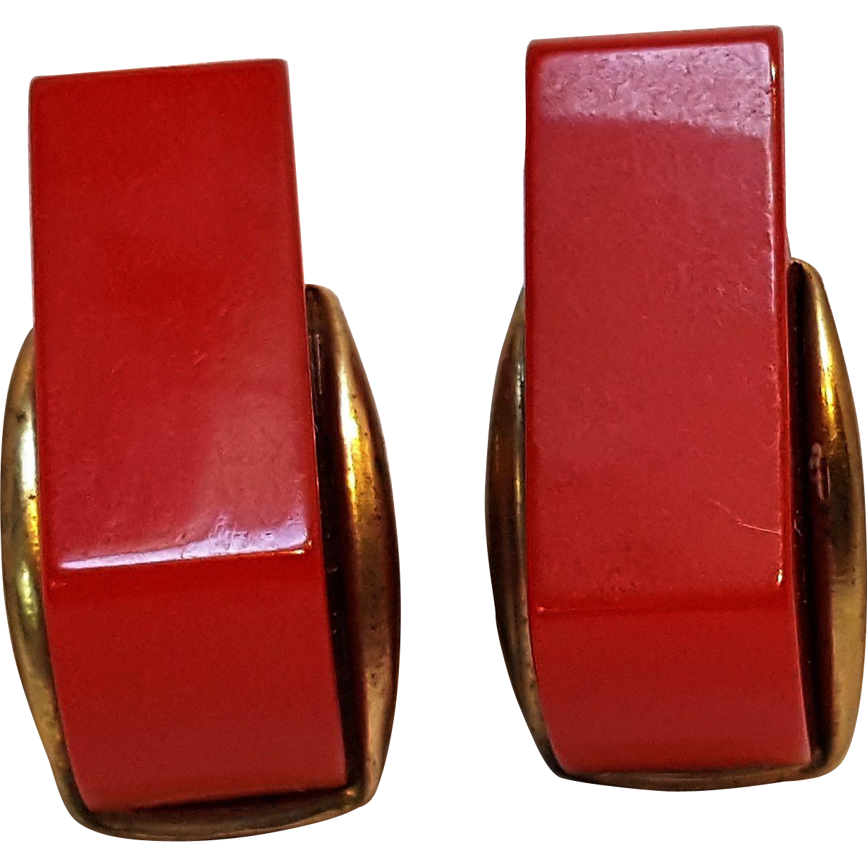 Bakelite clip earrings red